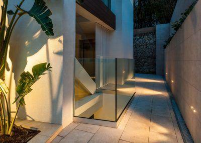 Exterior / Outdoor