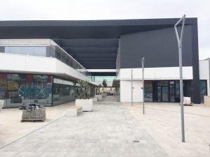 Torre Mariona Centro Comercial / Shopping Center